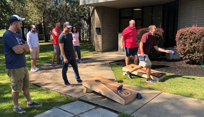 Mainstreethost cornhole league
